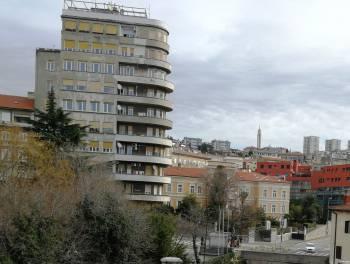 Rijeka, Centar, adaptiran 1-sobni s db