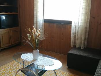 Škurinje, 2-sobni stan s db, terasom i vrtom
