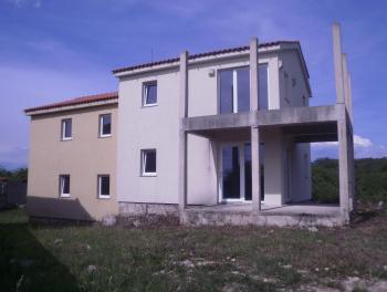 Otok Krk, okolica Malinske, novogradnja, dvojna kuća