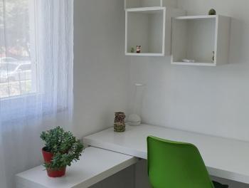 Najam, Rijeka, Donja Vežica, adaptiran 2s+db, 2 balkona