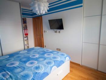 Saršoni, novogradnja, uređen 2-sobni stan s db i lođom