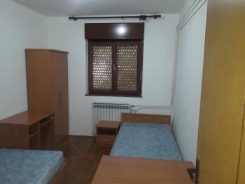 Najam, Rijeka, Zamet, 90m2, 2-sobni stan s db