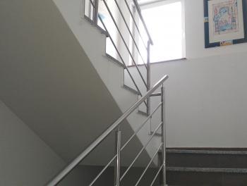 Matulji, etaža s terasom i velikom okućnicom