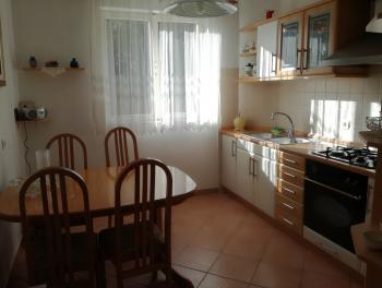 Rijeka, Turnić, 2-sobni stan, 1. kat, lođa
