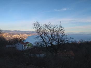 Bregi (zaleđe Opatije), građevinsko zemljište od 1.944m2