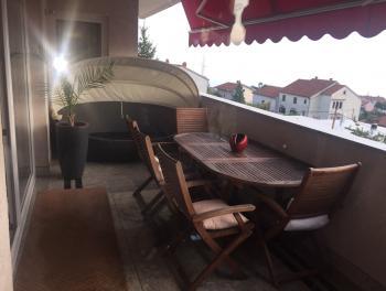 Rijeka, Pehlin, luksuzna etaža vile s prekrasnim pogledom