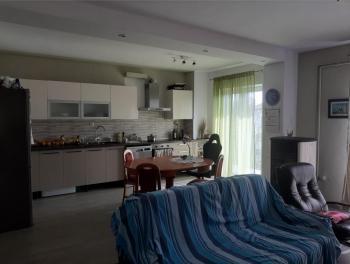 Viškovo, etaža, 3s+db, okućnica i garaža