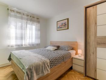 Najam, Rijeka, Vojak, 2-sobni stan s db, balkon