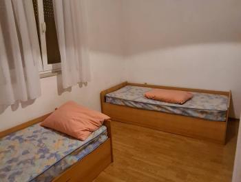 Najam, Rijeka, Donji Zamet, 3-sobni stan s velikom terasom