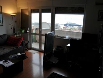 Rijeka, Brajda, 2-sobni stan s balkonom, odlična zgrada i pozicija