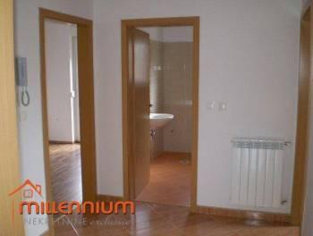 Viškovo, 71.65m2, komforan 2-sobni stan s dnevnim boravkom