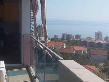 Rijeka, Zamet, 99.26m2, 3-sobni s db, dva velika balkona, garažom i panoramskim pogledom