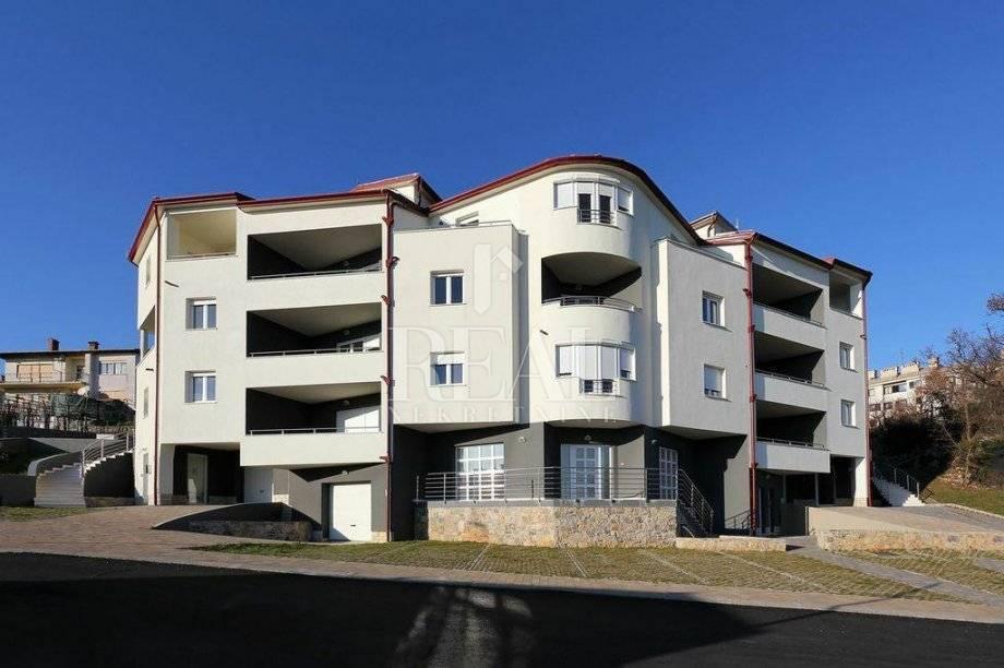 Dvoetažni poslovni prostor na Kastvu, Brestovice 113 m2