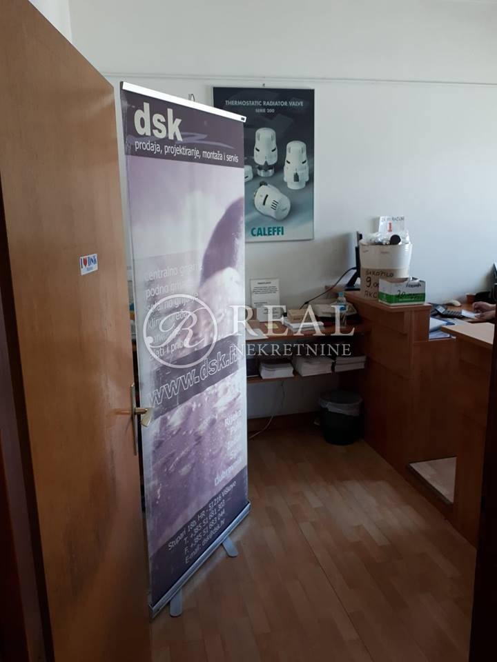 Najam poslovnog prostora na Marinićima 503+1500m2  vanjskog prostora