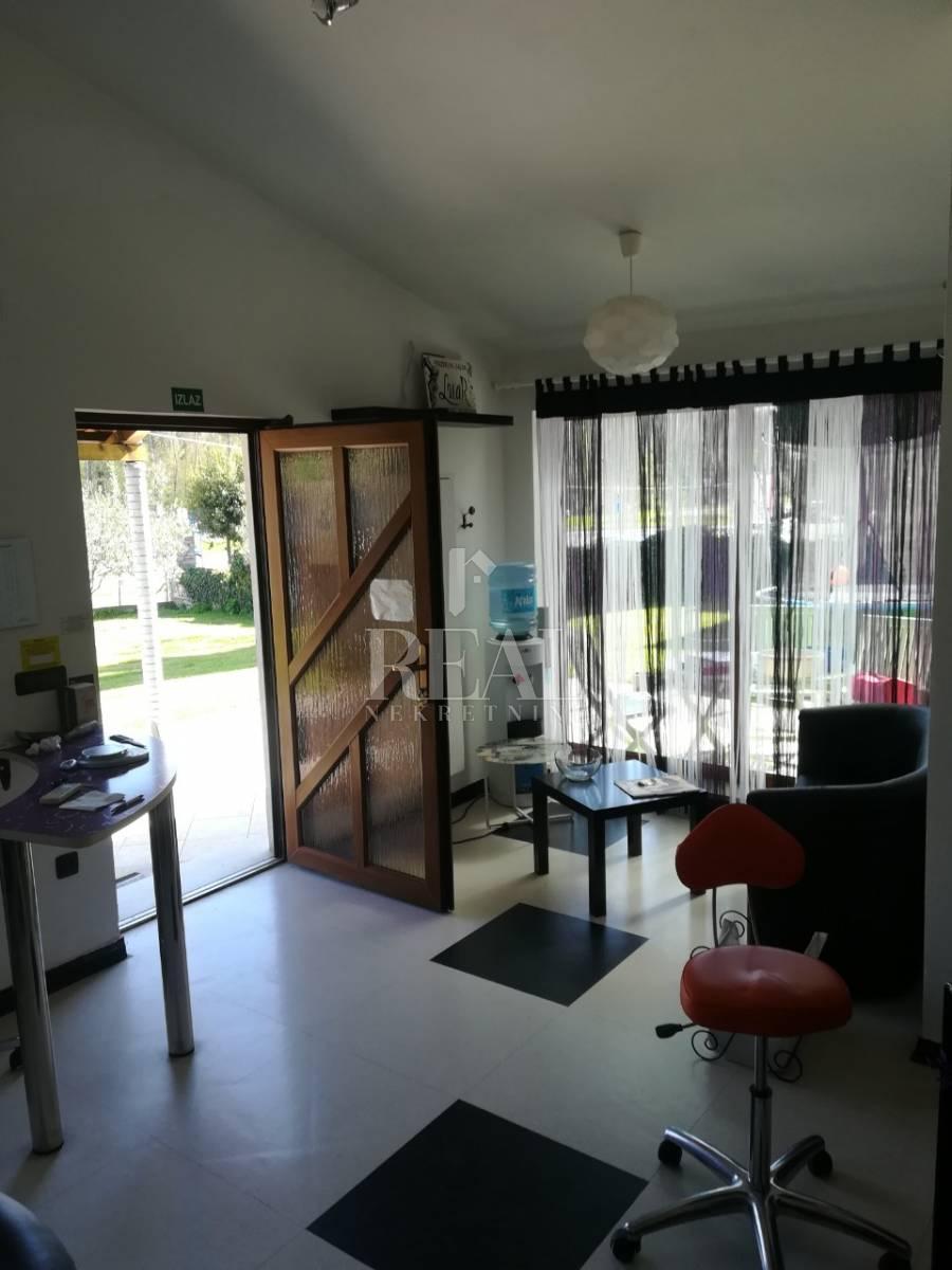 Kuća u Puli 320 m2