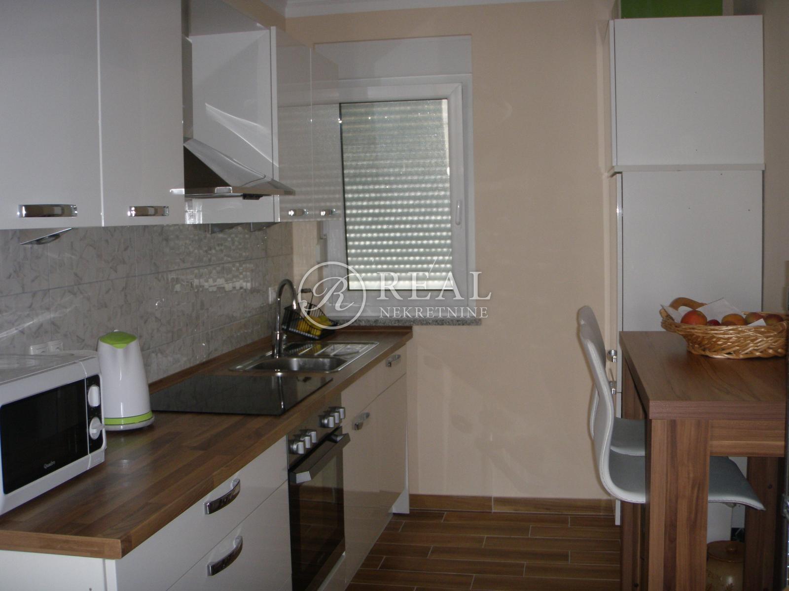 Apartman 82 m2, 2S + DB, Crikvenica
