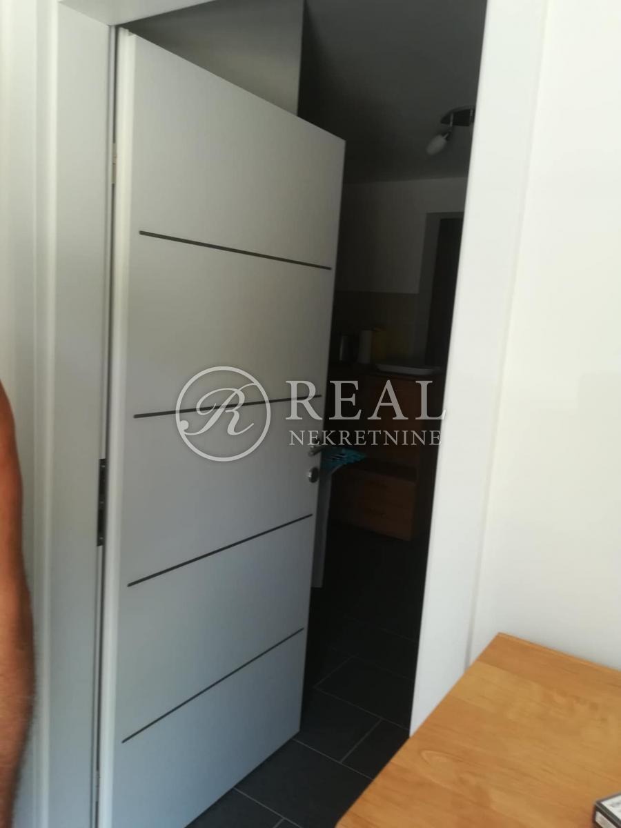 Apartman 80 m2, 2S+DB, Klenovica