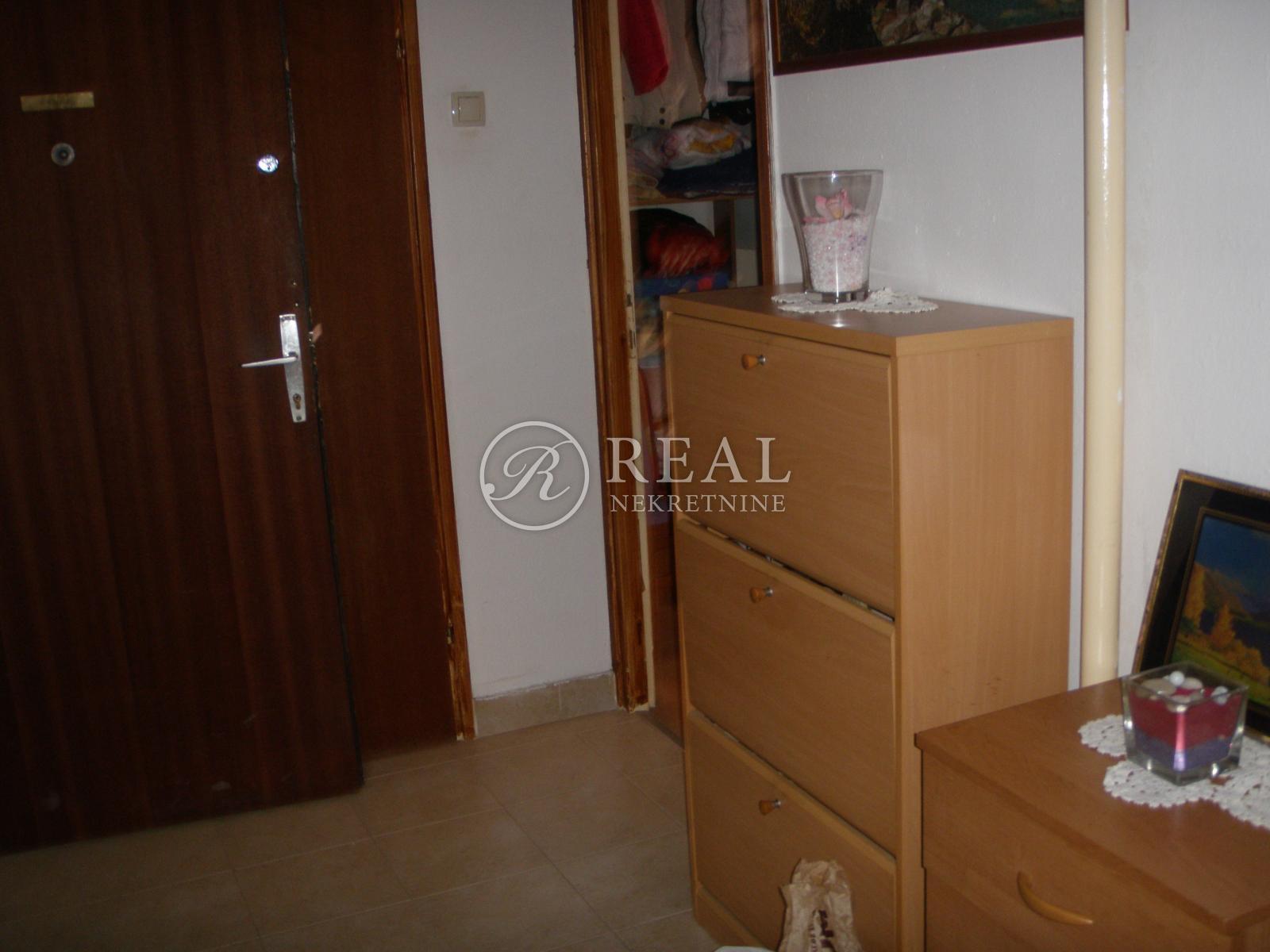 Stan 72 m2, 2S+DB,Rastočine