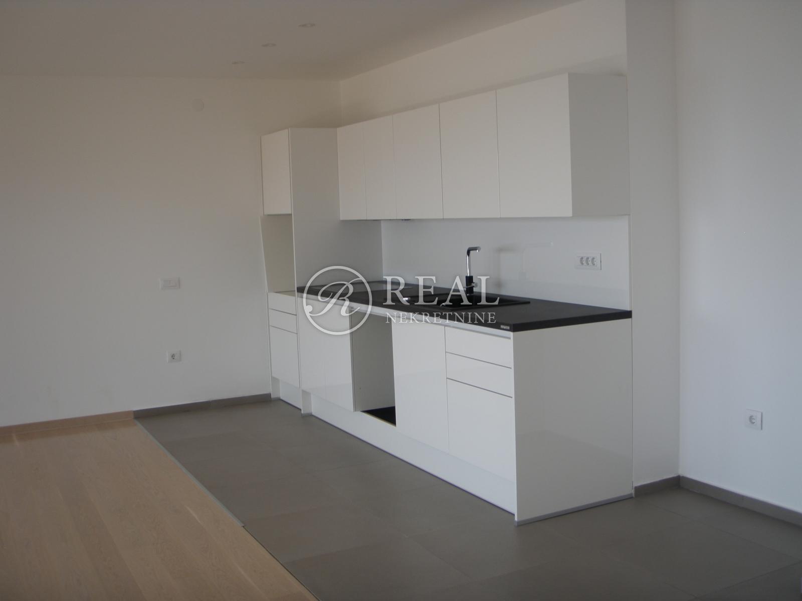 Luksuzni stan 139,60 m2, 2S+DB,Opatija