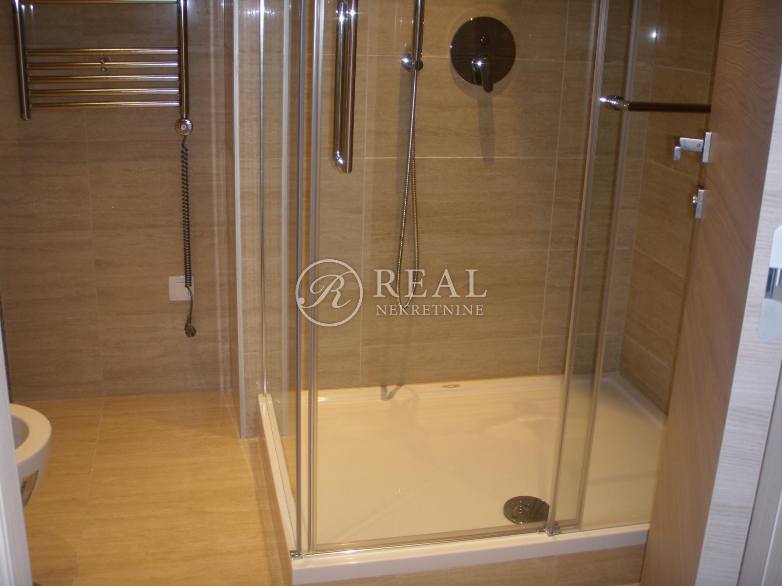 Luksuzni stan 70,80 m2, 1S+DB,Opatija