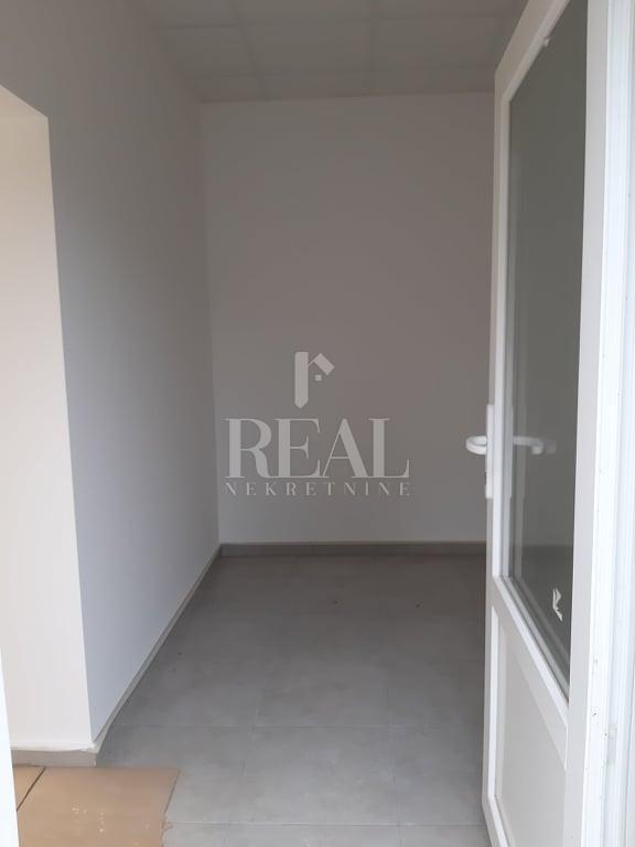 Čavle-centar,novi posl.prostor,42 m2