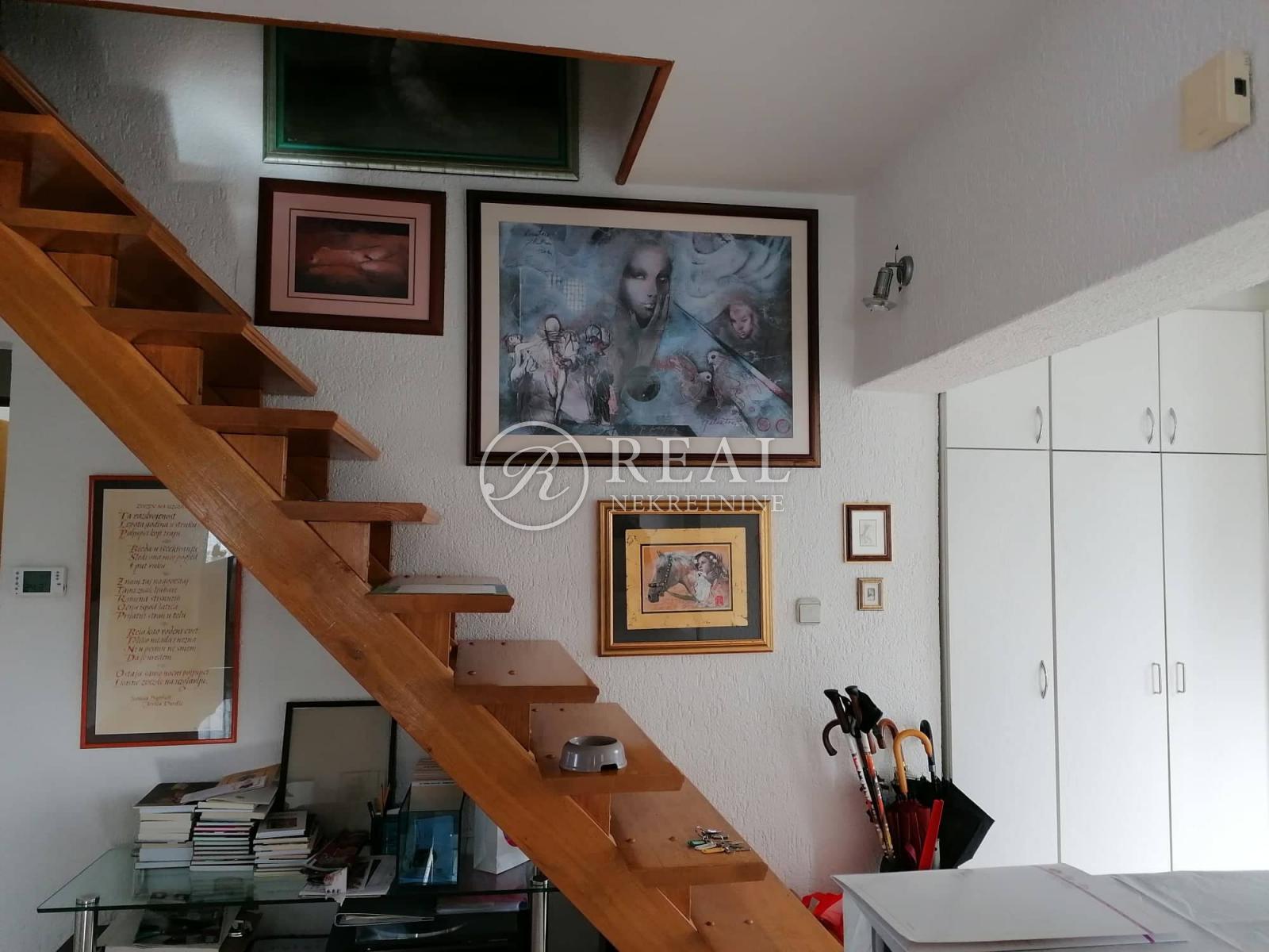 Stan 80 m2, 3S+DB, Malinska