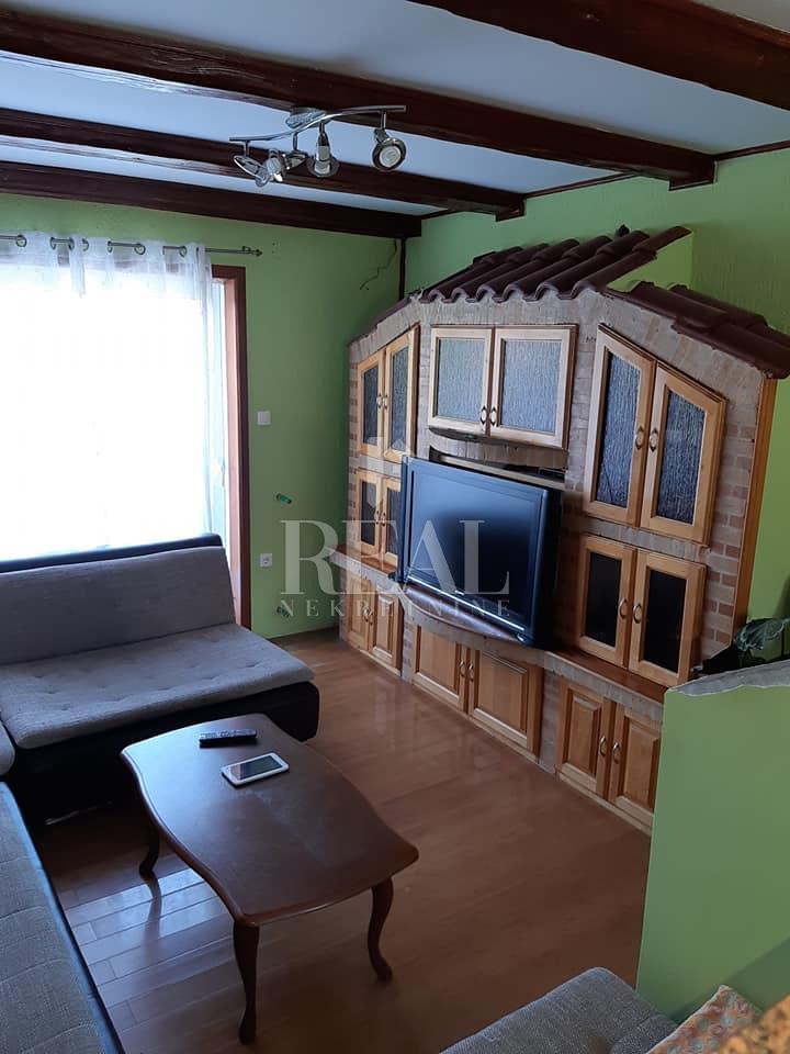 Prodaja dvoetažnog stana na Viškovu  3S+DB  103 M2