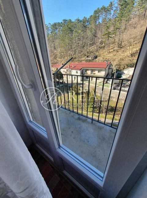 Klana centar,stan 2S+DB,balkon