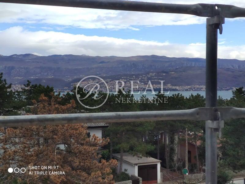 SNIŽENO-Villa sa bazenom 106 m2,P+1,pogled na more