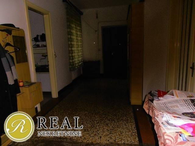 Prvomajska, stan 3S+DB, 103 m2