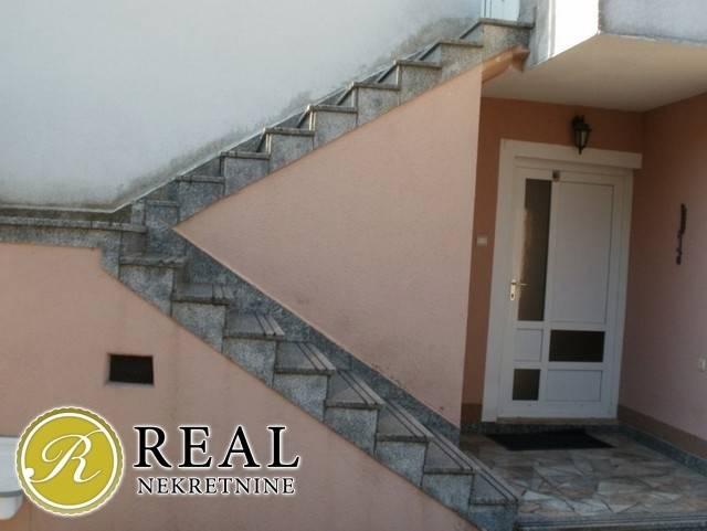 Svilno,kuća P + 1, 170 m2