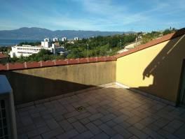 Kozala,divna terasa i panoramski pogled,  102m2, 2s+db