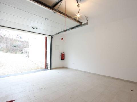Prodaja garaže na Kastvu-Brestovice 36m2