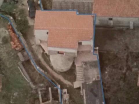 Malinska-Sv.Ivan,kuća 150 m2,okućnica 300 m2