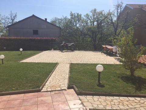Srdoči, kuća P+2, 360 m