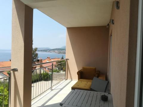 Apartman 75 m2, 2S + DB, Klenovica