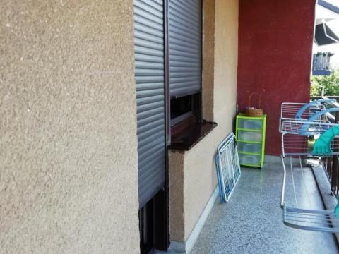 Donja Vežica, etaža od 105 m2 sa garažom, konobom i okućnicom