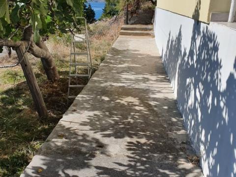 Prvi red do mora Križac,160 m2,balkon,garaža