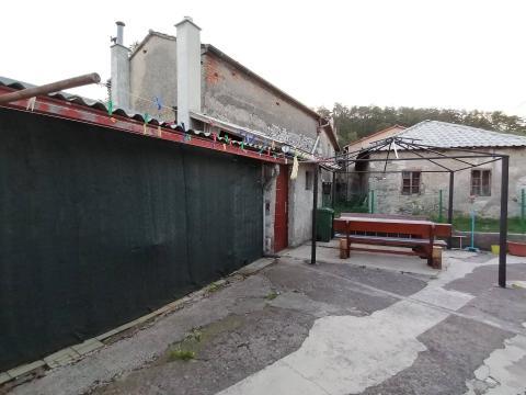 Kuća 75 m2. prizemnica, okućnica, Klana
