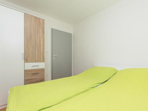 Centar grada, predivan stan za studente, 2SKL, 42 m2, novouređen!