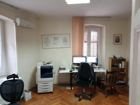 Idealno za malu firmu uredski prostor centar Rijeke, 100m2