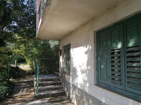 Kuća sa okućnicom, P+1, Kostrena