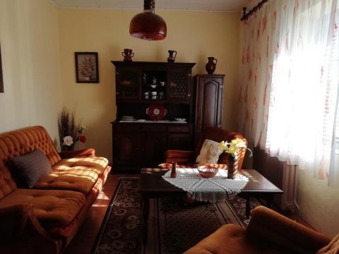 Vrata, kuća sa okućnicom od 700 m2
