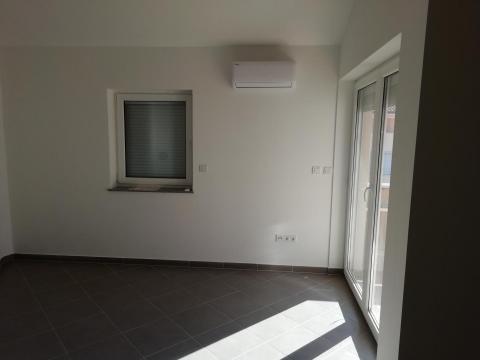 Čižići, 2S + DB od 71 m2 sa galerijom u potkrovlju od 30 m2