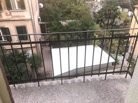 PRILIKA! 146m2, 5SKL, dva balkona!