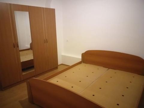Novouređeni stan za najam na Podmurvicama 1S+DB   44M2