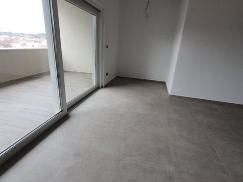 Cres Novogradnja,stan 118 m2,3S+DB sa velikom loggiom