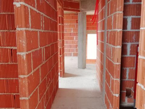 Njivice, novogradnja od 125 m2, 4S+DB sa predivnim pogledom