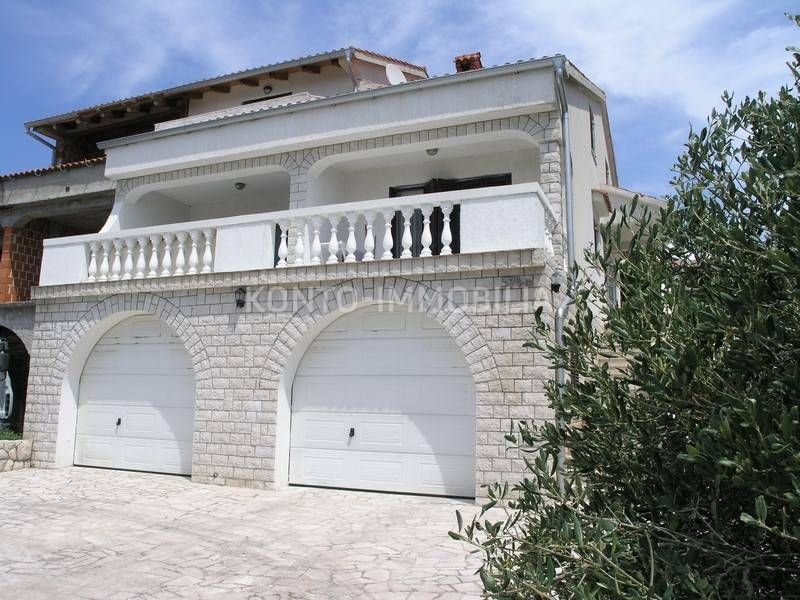 SNIŽENO! Rab, Barbat, dvojna kuća s dvije garaže