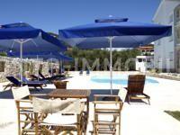 Vila s bazenom i lijepim pogledom na more, samo 150 m od plaže!
